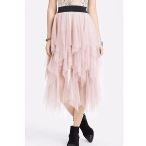 Free People Dresses & Skirts - Rare FREE PEOPLE Tiered Ruffle Tulle Skirt / small