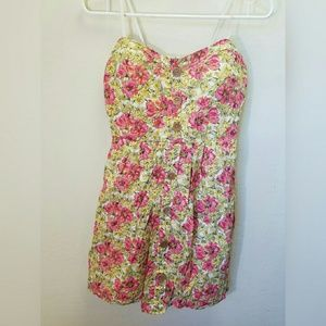 City Triangles floral print strapless dress