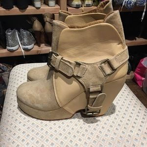 Maurie and eve platform wedges