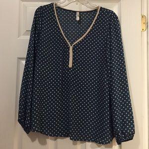 Xhilaration long sleeve blouse