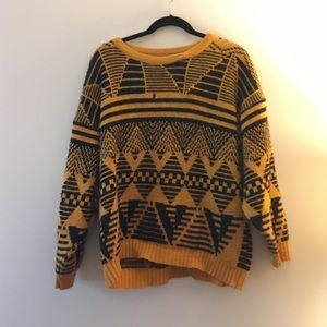 834bc54e8f66 ... Vintage black and yellow patterned sweater ...