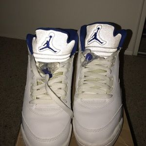 Jordan Shoes - Jordan retro V white and royal
