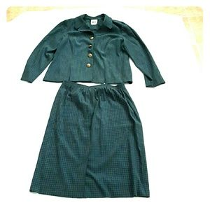 Leslie Fay Dresses & Skirts - Green Jacket and matching skirt