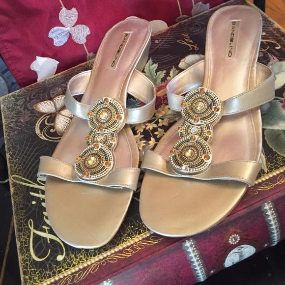 0a376e5a2f9 Bandolino Shoes - 💫New Bandolino gold leather sandals rubber soles