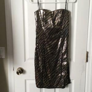 XOXO Dresses & Skirts - XOXO Gold Sequin Strapless Dress