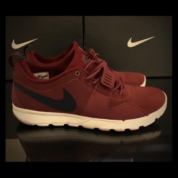 Men's Nike SB Trainerendor Maroon (Used) 8/10