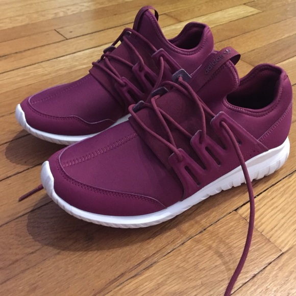 best loved 3c9f3 c4720 ... coupon code adidas tubular maroon da144 184bc