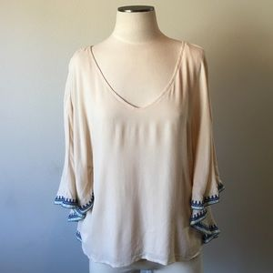 Francesca's Collections-Cream/Blue Embroidered Top