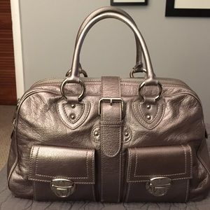 Marc Jacobs Handbags - 🎉HP🎉 Marc Jacobs Silver Leather Venetia