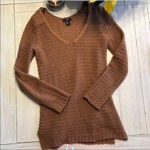 H&m tan burnt orange sweater