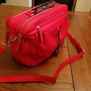 Etienne Aigner Handbags - 🆕 Etienne Aigner bright red Stag bag