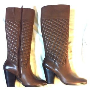 Brown quilted boots