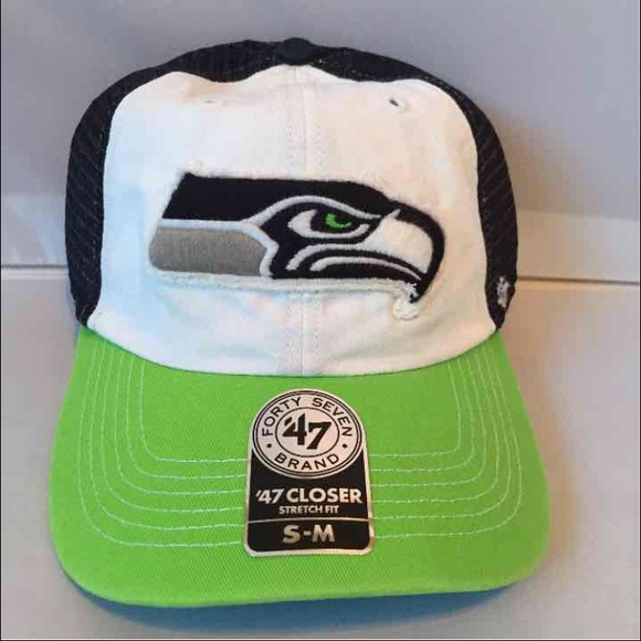 Seattle Seahawks 47 brand flex fit hat nwt 6bd1ba224695
