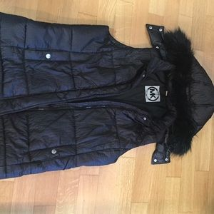 Jackets & Blazers - Cozy Michael Kors MK hooded vest