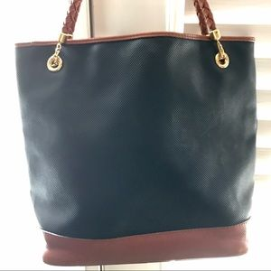 Bottega Veneta Handbags - Authentic Bottega Venetta Huge Leather Tote Bag