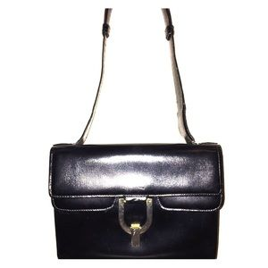 Saxx Handbags - Vintage sax fifth avenue bag