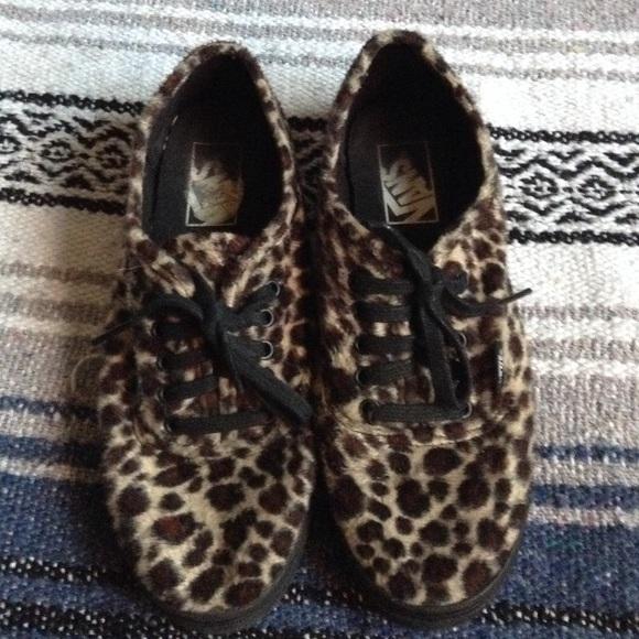 5f711810aa7c0 Furry leopard print vans