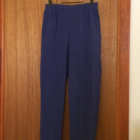 78de0881c26c1 Alfred Dunner Pants - Woman s Pants by Alfred Dunner Size 12