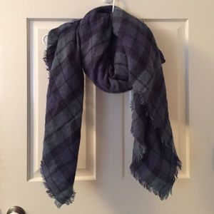 Cozy Aerie blanket scarf