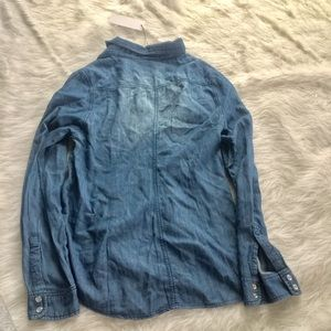 6bddd16b9 leshop Tops | Hp Nwt Chambray Button Down Pearl Snap Buttons | Poshmark