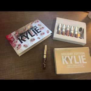 Kylie Cosmetics Other - Vixen Mini / Holiday Edition Kylie Cosmetics