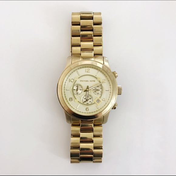 78ac2337aa SALE - Michael Kors Oversized Runway Watch. M 5849cb05f739bca6d10035f4