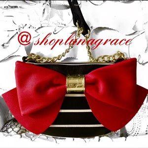 Betsey Johnson Handbags - New🎅🏼 Betsey Bow Bow Crossbody Bag