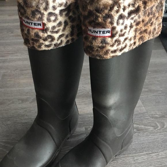 0d7b69a7821 💕 Hunter boot socks, furry leopard print