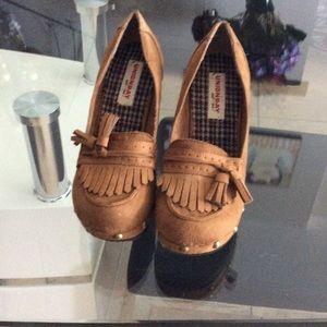 Shoes - Union Bay platform shoes size 7