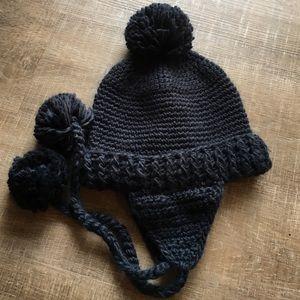 Winter hat in navy!
