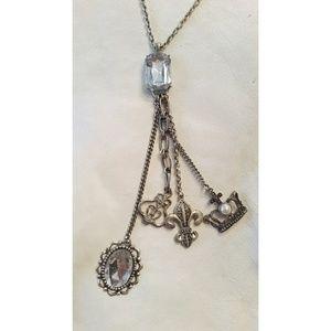 Fleur-de-lis trompe l'oeil adorned necklace