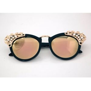 Stone Cold Fox Accessories - NEW! Reality shades 😎