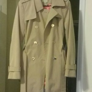 G.h bass & Co trench coat