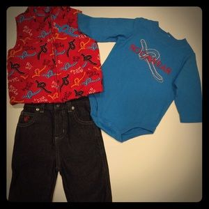Rocawear Other - NWT baby boy outfit Arica Wear size 0/6 Months
