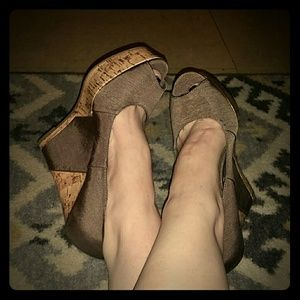 Shoes - Super cute, never worn mossimo wedges