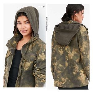 Urban Outfitters BDG Georgie Camo Surplus Jacket