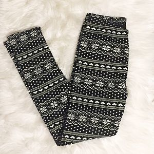 Pants - Black and white print fur lined leggings