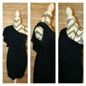 SWEET STORM Off the shoulder dress