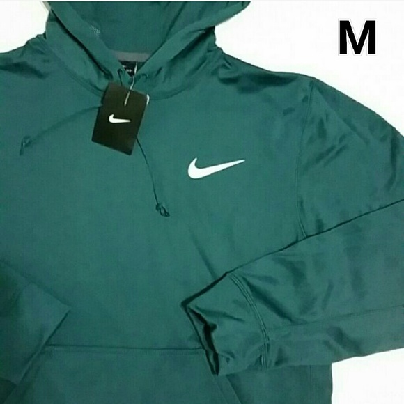 8ed1a49ead27 NWT Men s Nike Therma-Fit Hoodie
