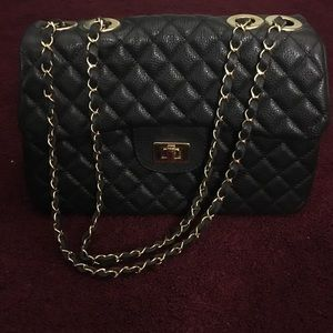 Handbags - Black leather + Gold Chain Purse