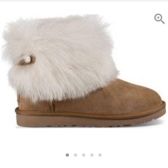 e6106595c72 Ugg Valentina chestnut sheepskin fluff boots 7 new