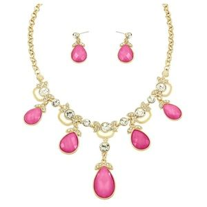 Jewelry - New - Fuchsia Necklace Set