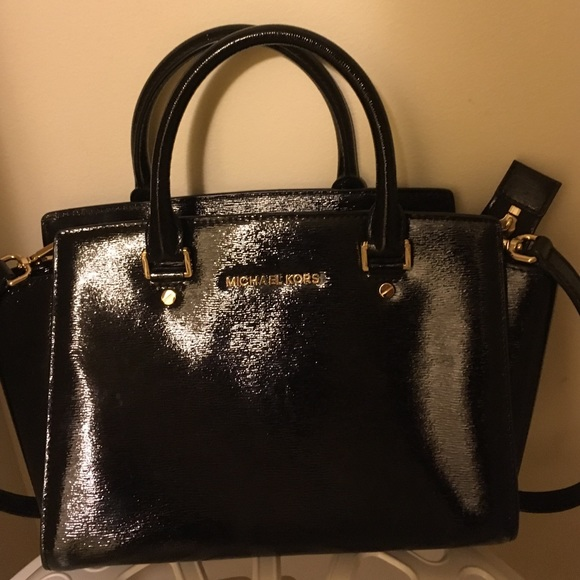 20949ccfbefd ... free shipping patent leather michael kors black medium selma bag d17f6  7f3d4