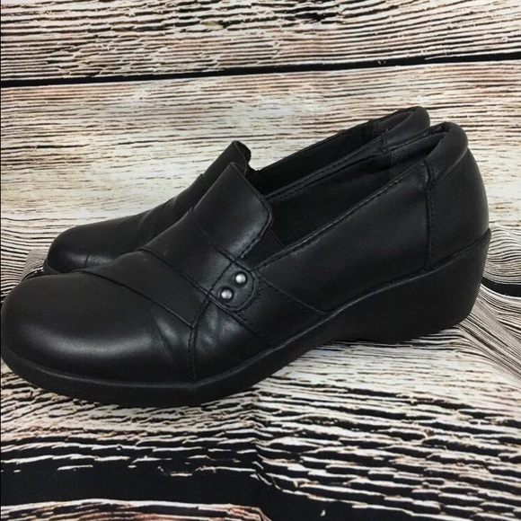 Clarks black leather slip on clog nurse uniform 8