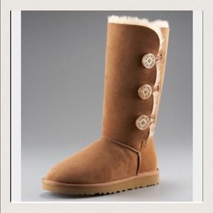 Chestnut UGG bailey button 9 tall boots size 9