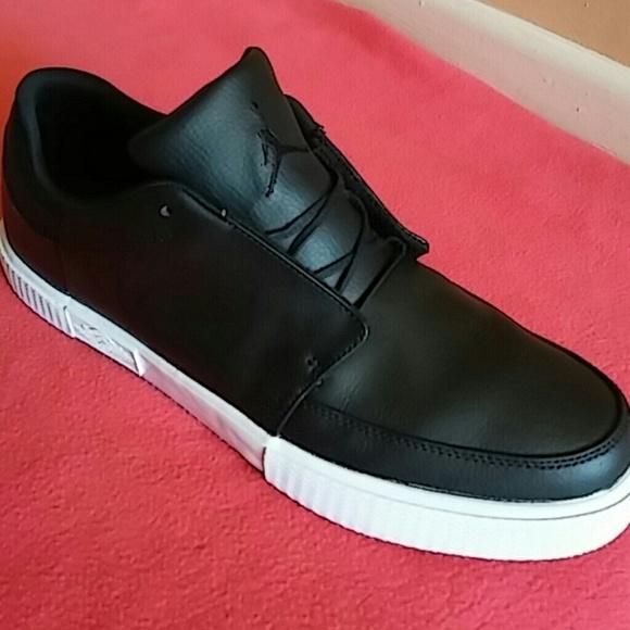 check out 3e990 49c65 Nike Air Jordan V 5 Grown Low Fashion Shoes. M 584ac1ec4e95a3632a023458