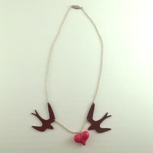 Jewelry - Two sparrows love heart necklace rockabilly
