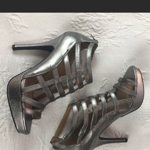 Fergalicious Shoes - ☔️⛈RAINY DAY SALE⛈☔️FERGALICIOUS PEWTER HEELS