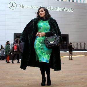 Desigual Dresses & Skirts - FINAL! Desigual Green Print Bodycon Dress