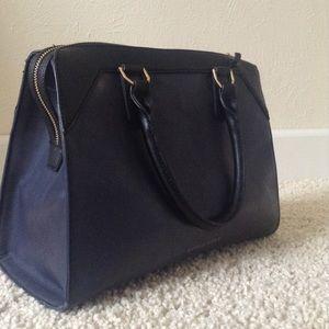 Danielle Nicole Handbags - Last price! Make offer🚫Danielle Nicole medium bag